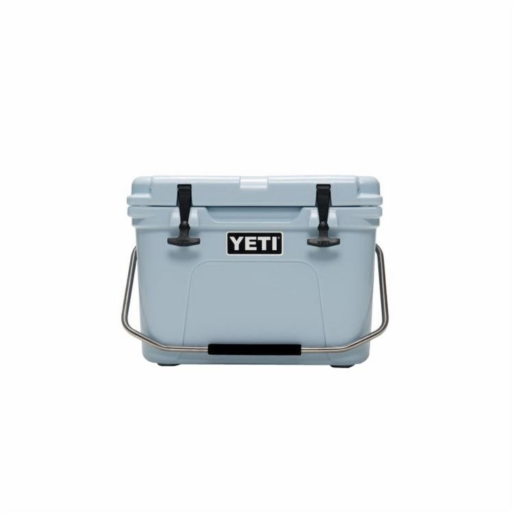 Picture of YETI Roadie 20 Series YR20B Ice Cooler, 19-1/8 in W, 13-5/8 in D, 14-1/4 in H, 20 lb Ice, 16 Cans Beer Capacity